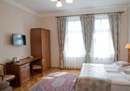 Double/Twin Room Standard