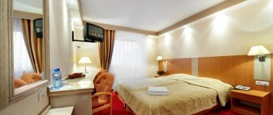 Pokój 1-osobowy z łóżkiem małżeńskim