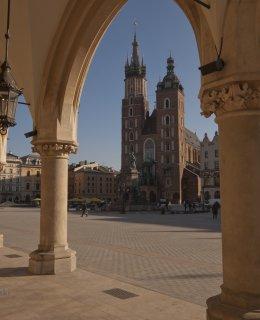 Weekend czerwcowy w Krakowie: dłużej=taniej do -15% ze śniadaniem