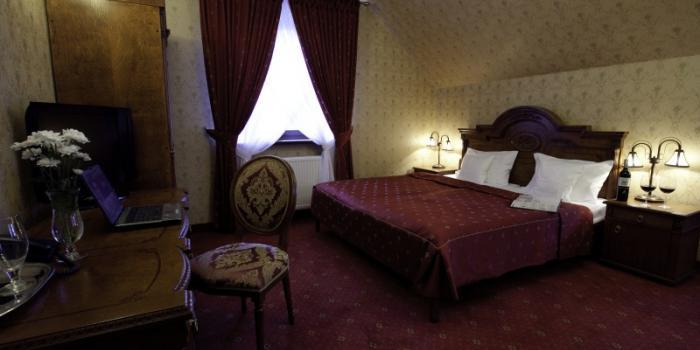 Zespół Dworski Hotel Sarmata